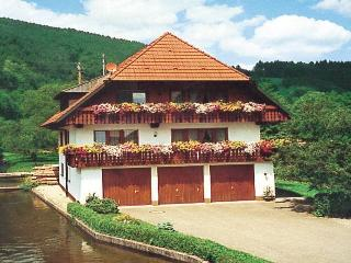 Vacation Apartment in Oberwolfach - 1141 sqft, 3 bedrooms, max. 6 persons (# 7529)