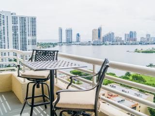 Desirable 2/2 Intracostal View LP14, Aventura