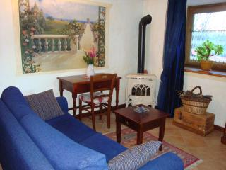 COSY WELL FURNISHED APARTMENT WITH COMFORT, La Salle
