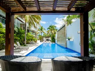 Pure Luxury steps to 5th and close to the beach!, Playa del Carmen