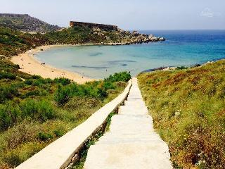 Mgarr north golden sands l/o flt8