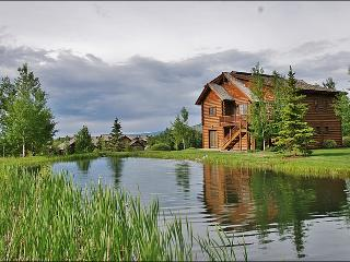 Brand New Immaculate Log Home  - Luxurious Quality - Huge Rooms (6183), Jackson
