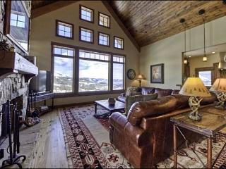 Spacious and Newly Built Luxury Home - Sweeping Valley and Mountain Views (1126), Big Sky
