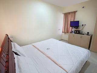 Trendy, clean 2 bed Apartment in peaceful locale., Chennai (Madras)