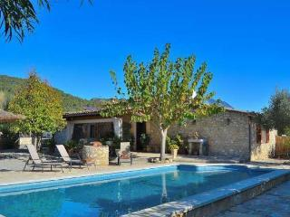 102 Beautiful holiday home in Mallorca with pool, Campanet