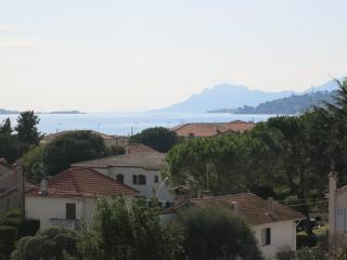 Sea view 2 bedroom apartment, Juan-les-Pins