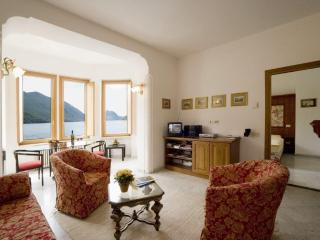 1 bedroom apartment on Lake Lugano, San Mamete Valsolda