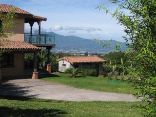 Boutique Coffee Ranch & Meditation Gardens, San Isidro
