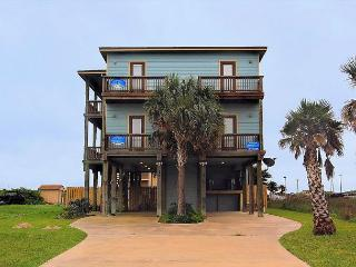 Isle Be Back Chillax, MON - WED STAY 2 GET THE 3RD NIGHT FREE Ocean Views,, Port Aransas