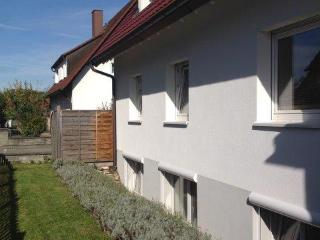 Vacation Apartment in Freiburg im Breisgau - 646 sqft, 1 bedroom, 1 living room / bedroom (# 7774), Friburgo
