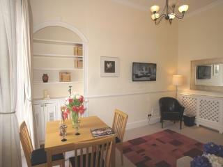Brompton House- London Westminster Apartment