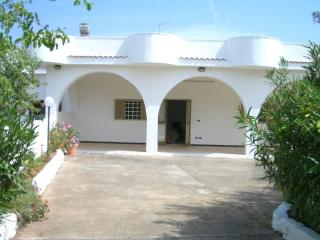 Chic, well equipped villa in Ostuni