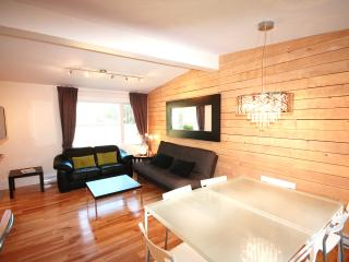 K2-1 'L'ENCHANTEUR' CONDO 8 PEOPLE, Mont Tremblant