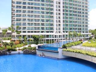 A Tropical Paradise...right in your backyard, Paranaque