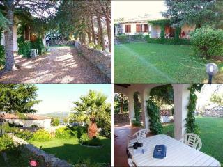 Little villa, 30m from the beach, Cannigione