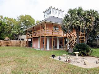 4 Taylor Street - Upper - Private Swimming Pool, Tybee Island