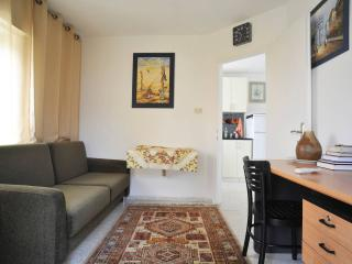 Cozy two bedroom apartment, Jerusalem