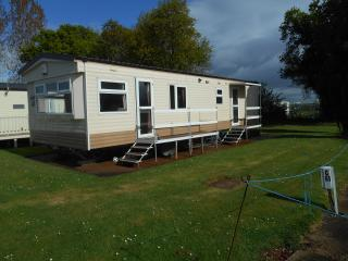 Caravan hire at Blue anchor, Minehead