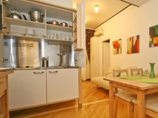Rome Vatican Apartment from 2 up to 3 people