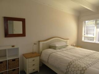 Attractive 2-bedroom unit near sea, Auckland Central