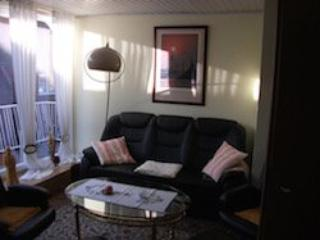 Vacation Apartment in Varel - 775 sqft, peace and mobility (# 5582)