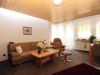 Vacation Apartment in Bremerhaven - 657 sqft, central, comfortable (# 7017)