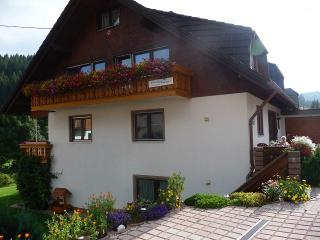 Vacation Apartment in Vöhrenbach - 1 fully equipped kitchen with dishwasher, (# 7596), Voehrenbach