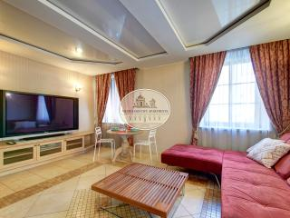 Old City modern apartment with jacuzzi, Vilna