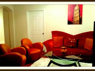 Sleeps 6, Best Rate HOTEL APARTMENT NEAR SUGARLAND, Houston