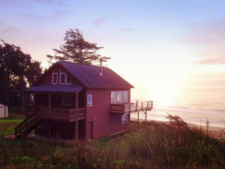 The Beach House in Gold Beach