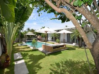 4 bedrooms in paradise in Canggu, Kuta