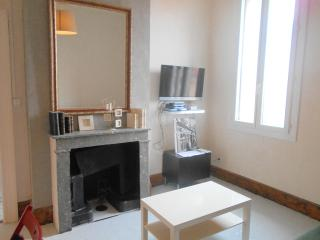 SUPERBE APPARTEMENT 4 PERSONNES, Montpellier