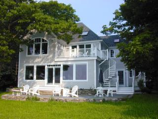 Dramatic ocean front home on Casco Bay, Freeport