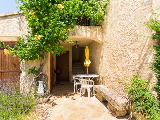 'Les Cerisiers' Holiday House in Provence Luberon, Taillades