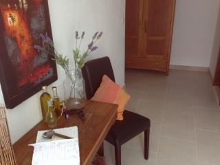 Apartments Ana LAVANDA Top Location, Sutivan