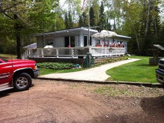 2 cabins in northern wi with lake access, Argonne