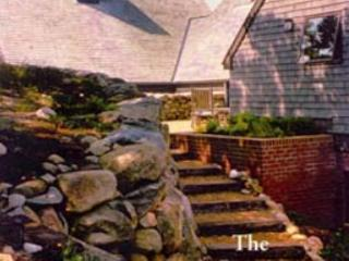 ARCHITECTURAL AWARD WINNING HOME WITH PANORAMIC VIEWS OF THE VINEYARD SOUND, Chilmark