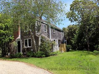 Lovely in-town Edgartown Home