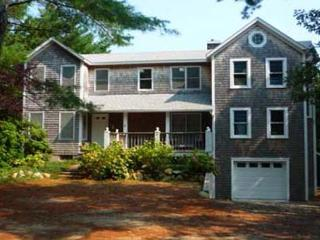 BEAUTIFUL EDGARTOWN HOME WITH CENTRAL AIR AND CLOSE TO TOWN, Edgartown