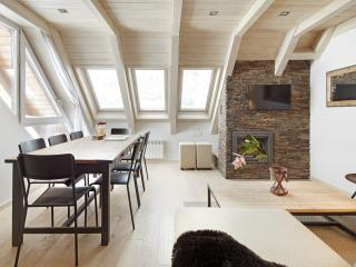 Val de Ruda Luxe 28 Apartment - Wifi & 2 Parkings!, Baqueira