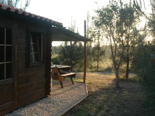Sun, Peace and a Warm Welcome: Sunset Lodge, Rogil
