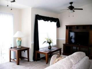 3 Bedroom 2 Bathroom Condo with Lake View. 222VC, Loughman