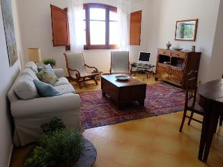 Beautiful Sicilian Villa with path to the beach, Termini Imerese