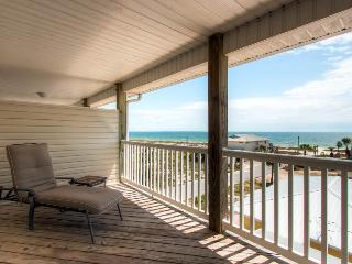 Beach Bums B - 2BR/2.5BA*10%OFF April1-May26*Gulf Views -100 steps to Mexico Beach!