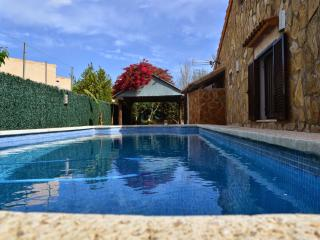 4 bedrooms house with pool. alcudia, Port d'Alcudia