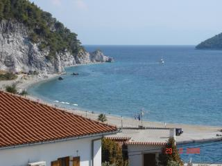 Apartment for 3 people near the beach, Neo Klima