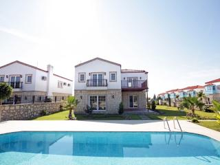 Large 3 Bed Villa - in a beautiful rural location, Evrenseki