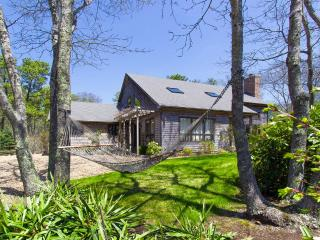 FISHJ - Stylish Contemporary Vacation Home situated in  Meadow View Farms, Spacious Open Design, Expansive Private Deck, Children's Play Area, Vineyard Haven