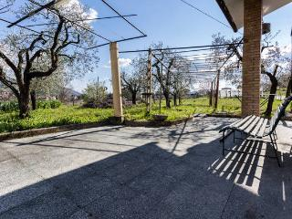 Villa surrounded by greenery!, Terni
