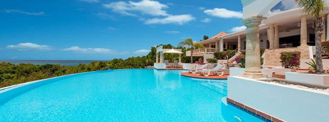 Villa Mariposa  SPECIAL OFFER: St. Martin Villa 96 A Superb Private Home With 180º Views Of The Crystal Blue Waters Of The Caribbean And The Setting Sun., Terres Basses